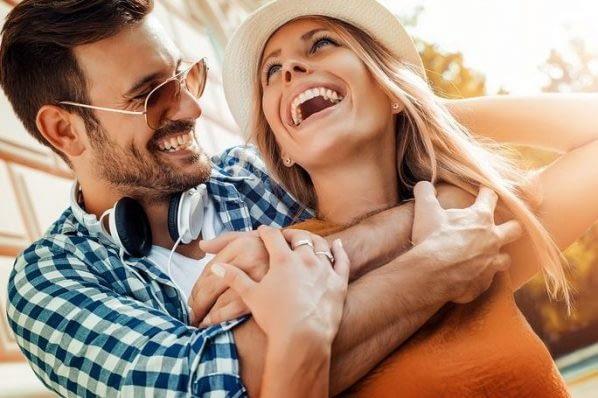 happy couple in love 598x398 1