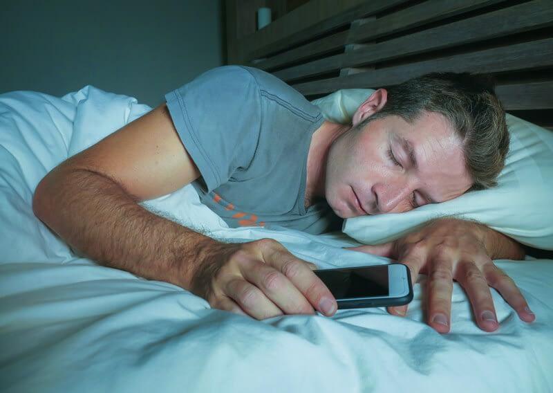 man sleeping sleep cycle one
