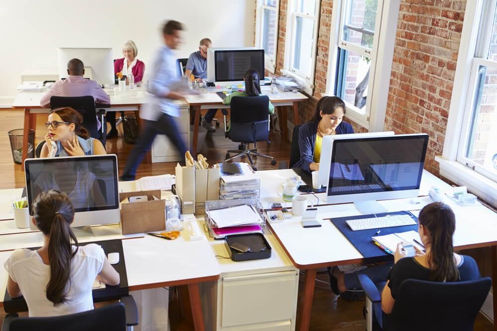open office landscape stressful
