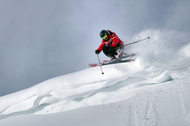 skiing to avoid avalanche