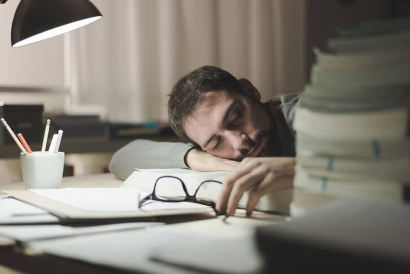 when you dont sleep enough it becomes harder to concentrate