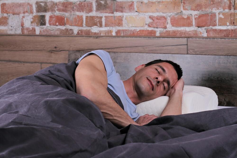 your brain goes through 4 distinct sleep cycles while you sleep