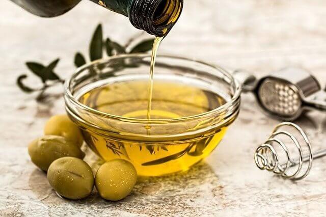 olive oil 968657 640 1